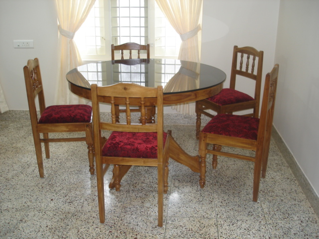 fort cochin vacation rental with dining area
