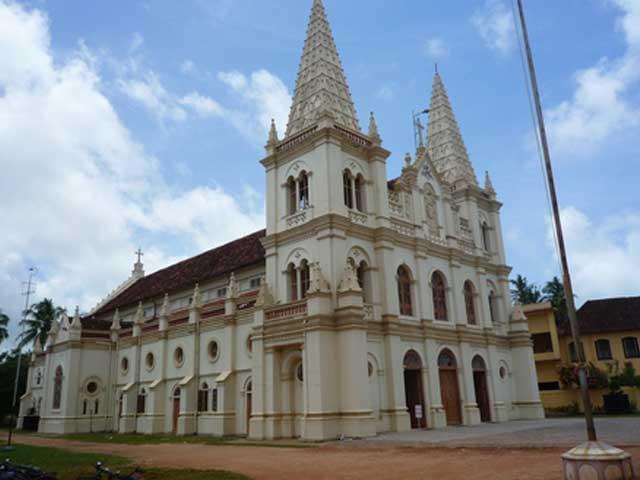 Santa Cruz Basilica Church Fort Cochin