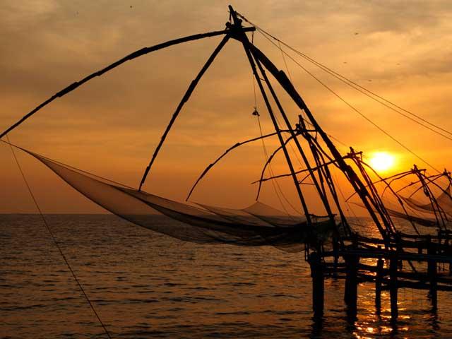 chinese fishing nets fort kochi