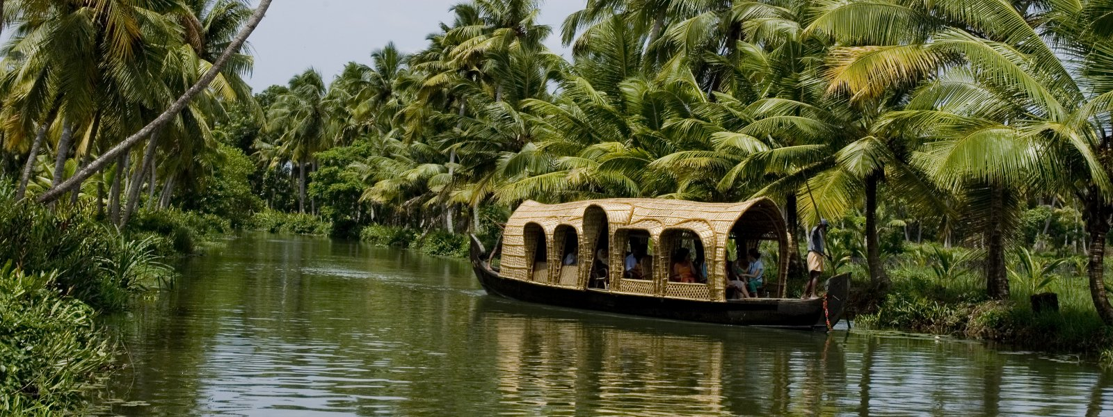The Houseboat Cruises in Kerala, Aleppey – Truly magical!